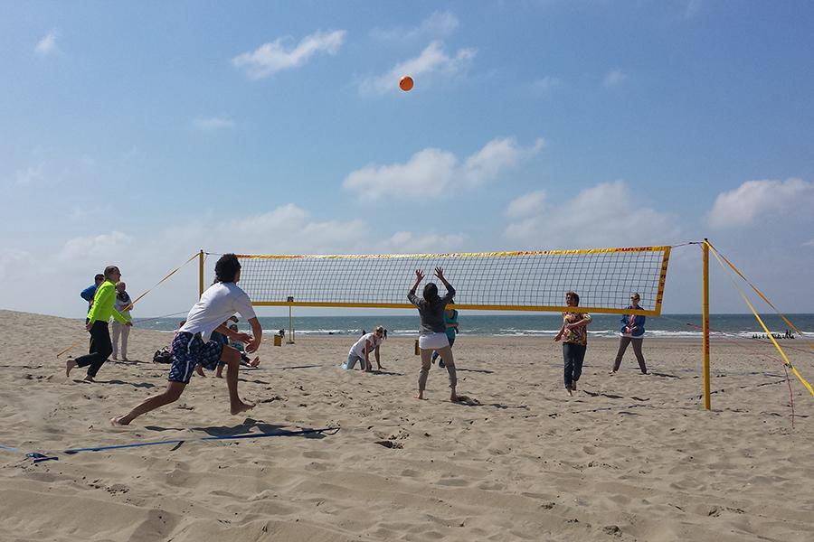 Beach sporten volleybal